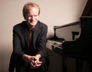 Bert van den Brink: pianovirtuoos zit nooit om inspiratie verlegen