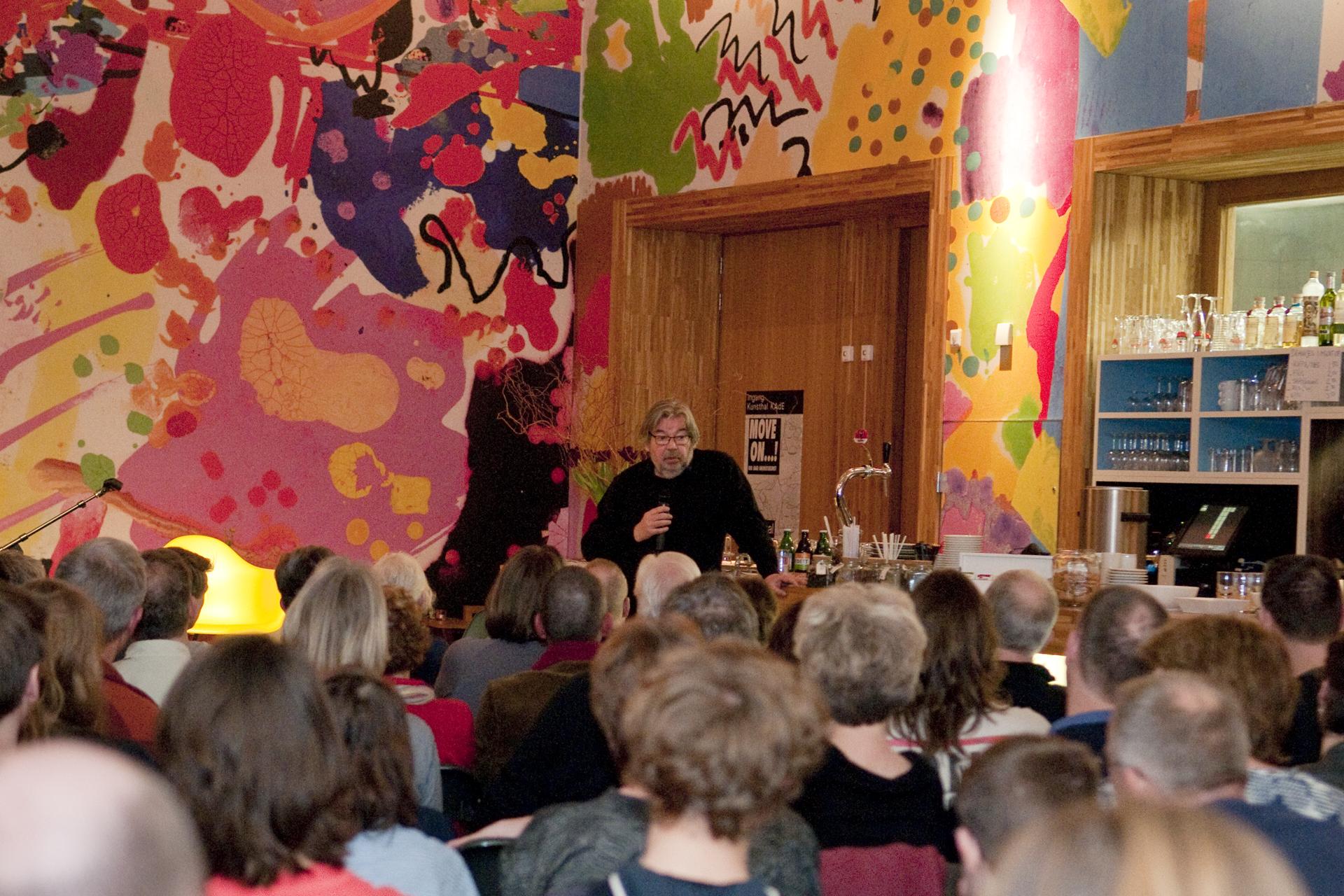 Maarten van Rossem sluit Boekenweek af in Amersfoort