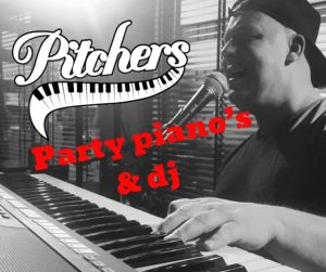 Party Piano Show & Dj @ Pitchers