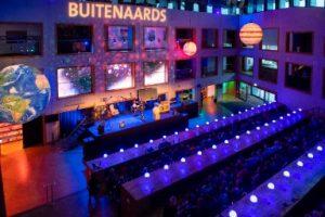 Reprise theatercollege Govert Schilling - Buitenaards @ Bibliotheek Eemhuis