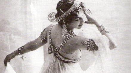 Mata Hari ontsluierd? @ Koetshuis Randenbroek
