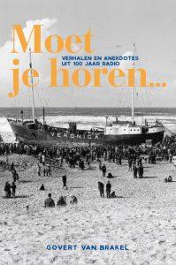 Radiopresentator Govert van Brakel @ Boekhandel Veenendaal