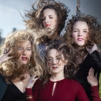 De Meisjes met de Wijsjes: Moerstaal @ Theater Idea
