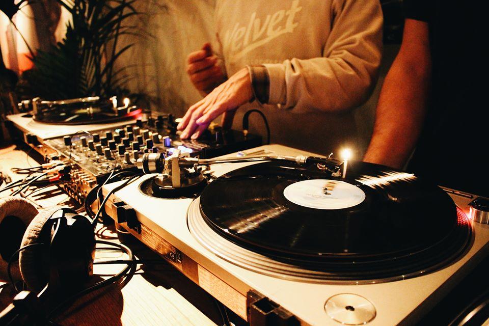 Draaien met Vinyl! @ Stadscafé