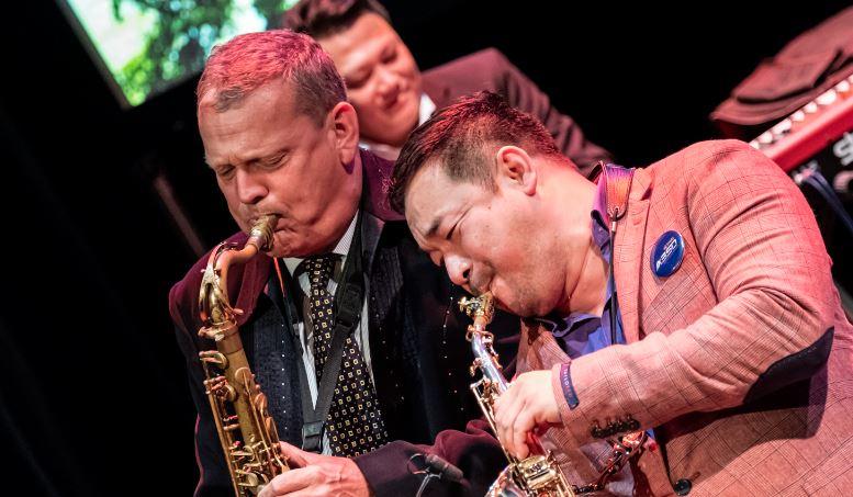 Koh Mr Saxman & Alexander Beets 'The Jazz Ambassadors' @ De Observant