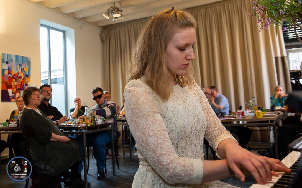 Eline Marleen Verkuijl (piano) | Ontbijt met Beethoven @ Observant