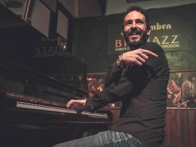 Miguel Rodriguez DRIE - de magie van het jazztrio @ Beauforthuis